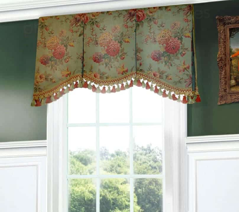 Shaped Valance with Soft Arch