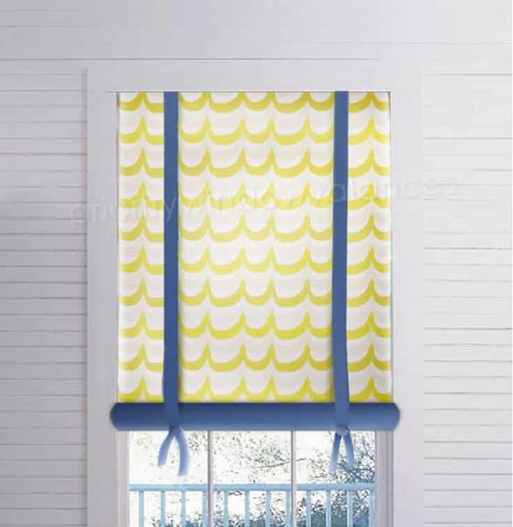 Long Stagecoach Valance Roll-Up in Blue and Yellow
