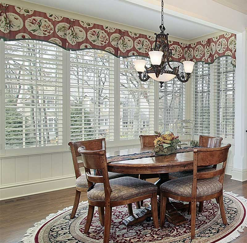 Breakfast Nook Curtain Valance In Red