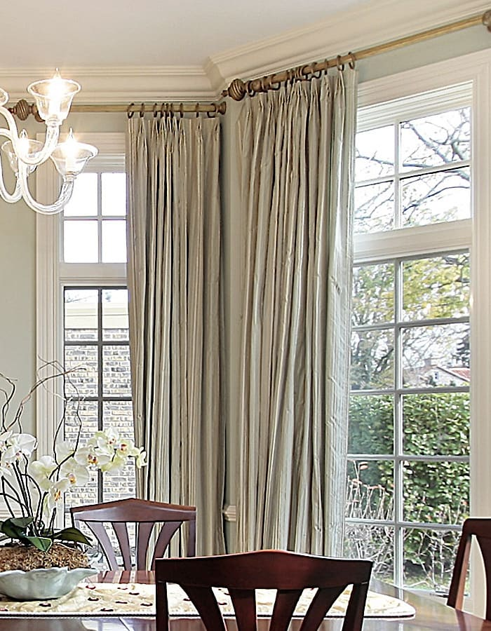 Delicieux ... Letu0027s Get Back To This Gorgeous Formal Dining Room. Here, We See Double  Wide Draperies That Were Used On Single Wide Windows With Transoms.
