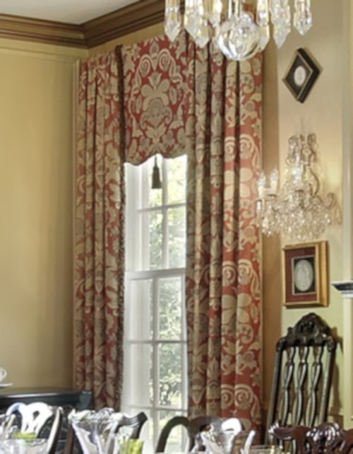 Side View of Layered Window Treatments in Dining Room