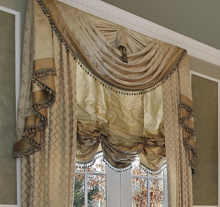 Traditional Window Treatments Living Room