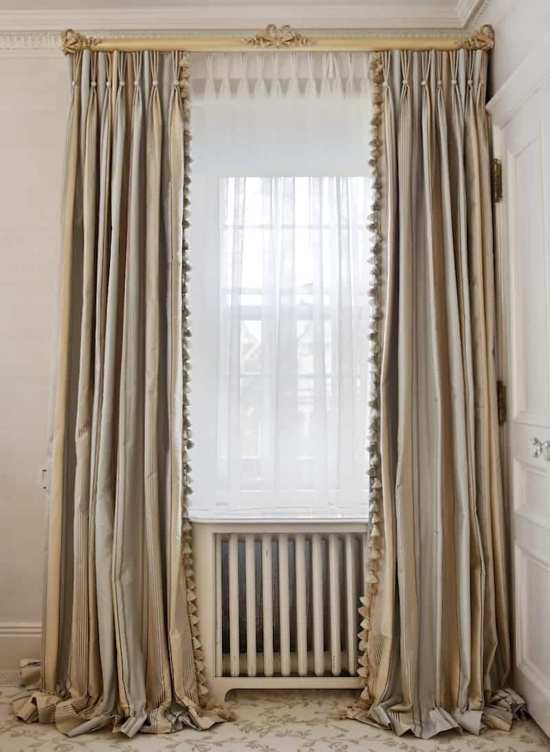 18 Sophisticated Ideas For Pinch Pleated Drapes And Valances
