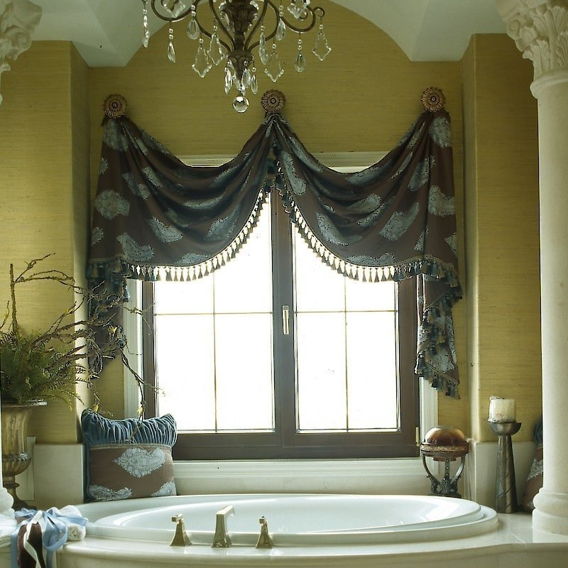 Bath Tub Wallpaper