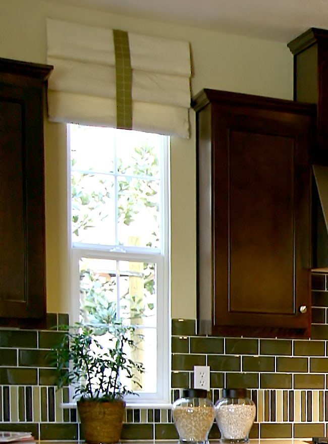 Green Faux Shade Valance in Between Shaker Kitchen Cabinets
